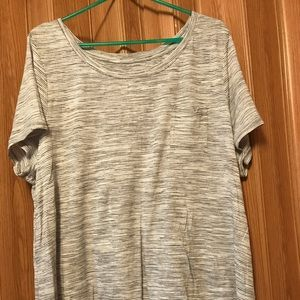 NWOT grey/white Lane Bryant pocket T - Size 18/20
